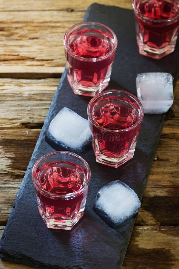 Tradycyjny domowej roboty wino obrazy stock