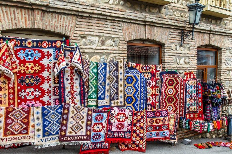 Tradycyjny Gruzi?ski dywan Dywany z typowymi geometrical wzorami s? w?r?d s?awnych produkt?w Gruzja fotografia stock
