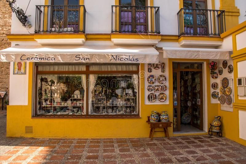 Download Tradycyjny Hiszpański Dom W Marbella Zdjęcie Editorial - Obraz złożonej z dekoracje, tradycyjny: 106910746