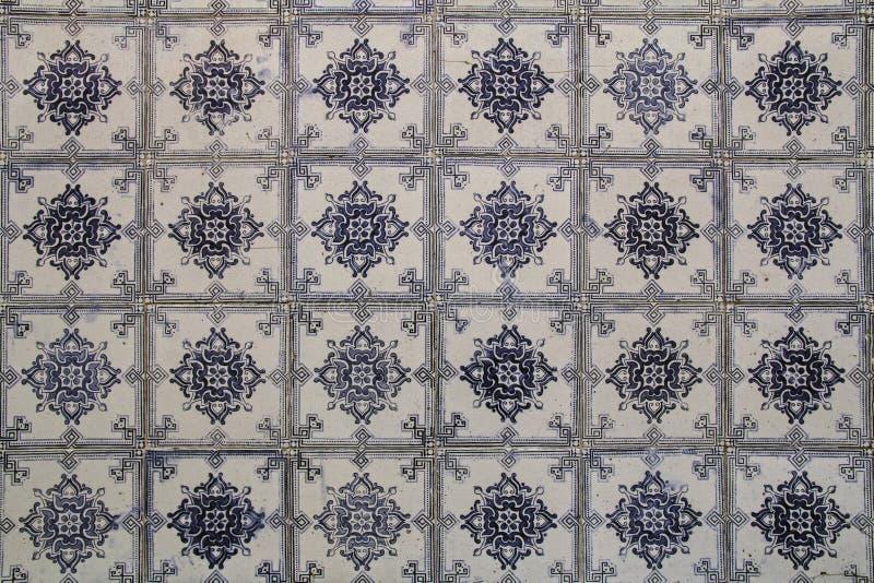 Tradycyjny Lisbon tafluje tło obrazy stock