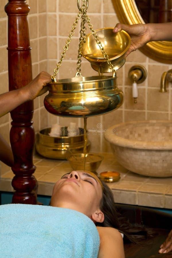 tradycyjny masażu ayurvedic indyjski olej obrazy stock