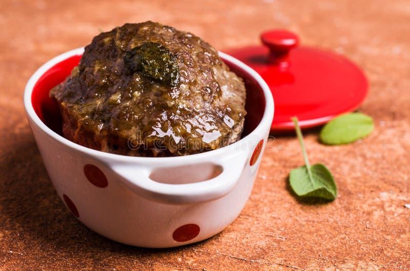 Tradycyjny meatloaf z pikantność fotografia royalty free