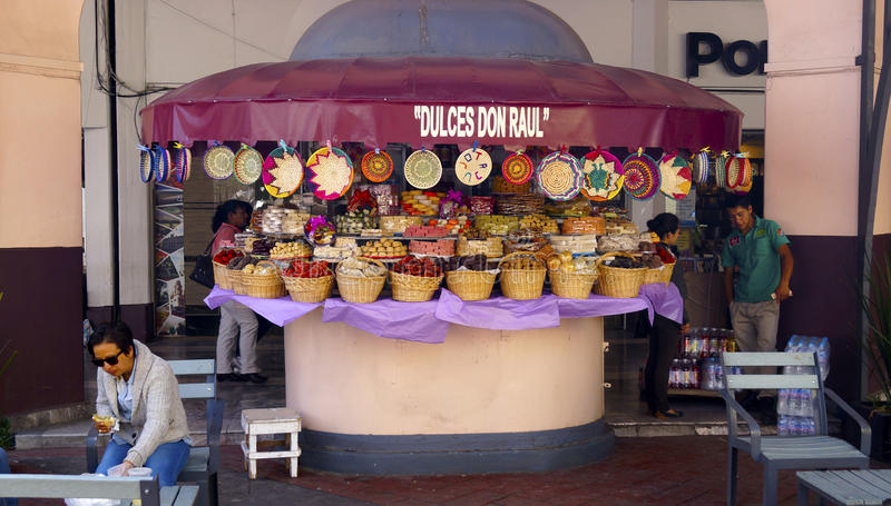 Tradycyjny meksykański cukierku sklep zdjęcia royalty free