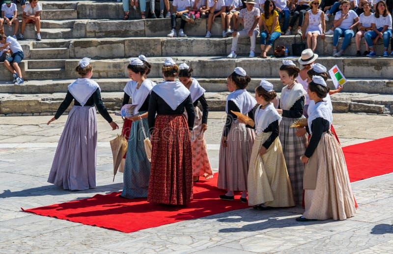 Tradycyjny muzyczny przedstawienie w Romańskim theatre przy Arles obrazy stock