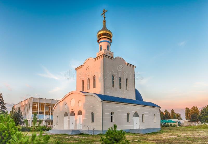 Tradycyjny ortodoksyjny kościół w Frunze, mała wioska w Crimea obraz royalty free