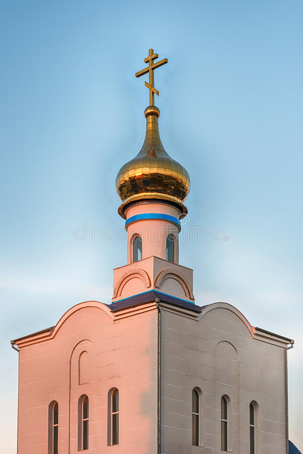 Tradycyjny ortodoksyjny kościół w Frunze, mała wioska w Crimea zdjęcie stock
