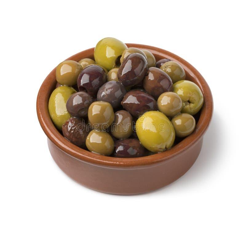 Tradycyjny puchar z hiszpańskimi oliwkami fotografia royalty free
