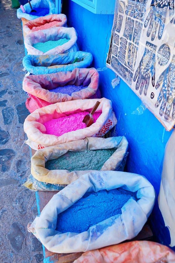Tradycyjny rynek w Chefchaouen, Maroko zdjęcia stock