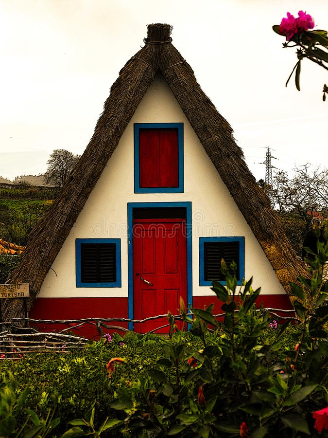 Tradycyjny Santana dom w Santana, madera obrazy stock