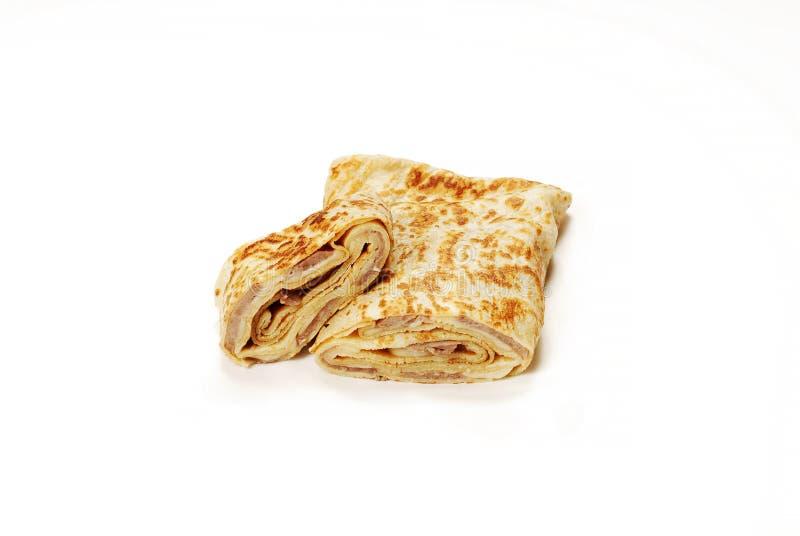 Tradycyjny Turecki posiłek Gozleme z kawałka serem i mięsem zdjęcie stock