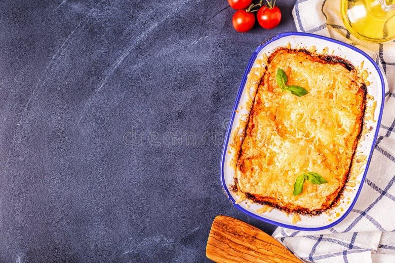 Tradycyjny włoski lasagna z warzywami, minced mięsem i serem, obrazy royalty free