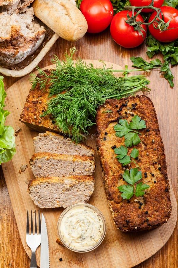 Tradycyjny wyśmienicie mięsny łeb z warzywami fotografia royalty free