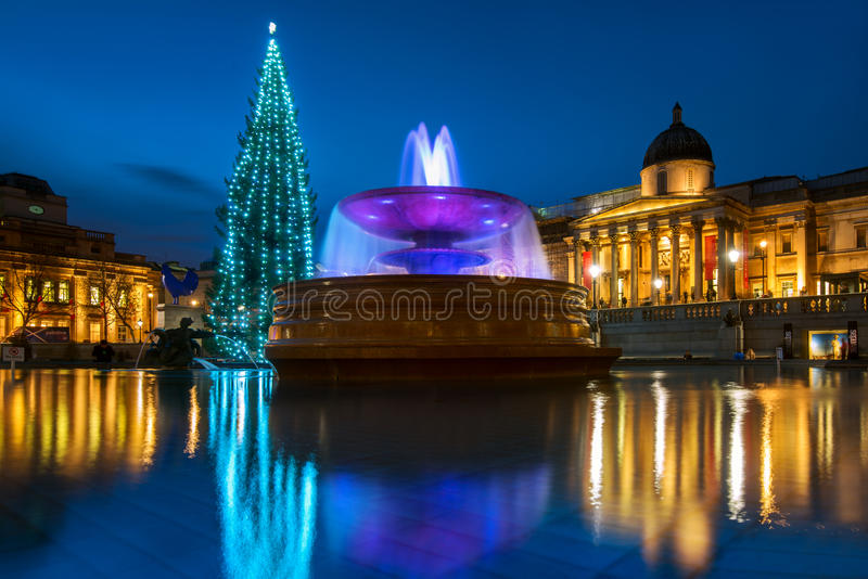 trafalgar platz weihnachten in london england stockfoto bild von london vereinigt 53636860. Black Bedroom Furniture Sets. Home Design Ideas