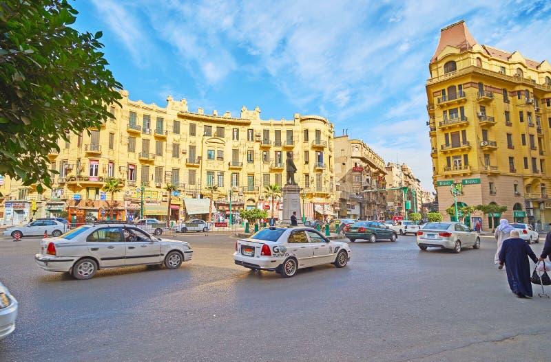 Traffichi nel quadrato di Talaat Harb, Il Cairo, Egitto fotografia stock libera da diritti