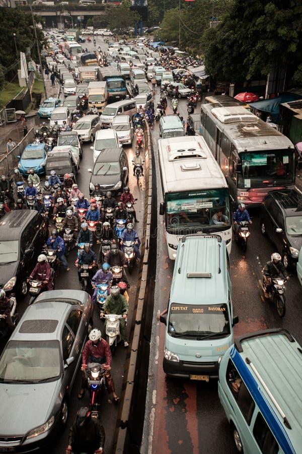 Traffick driftstopp på Lebak Bulus-Jakarta royaltyfri fotografi