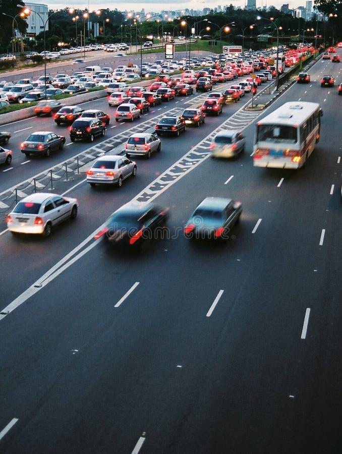 Traffico di ora di punta