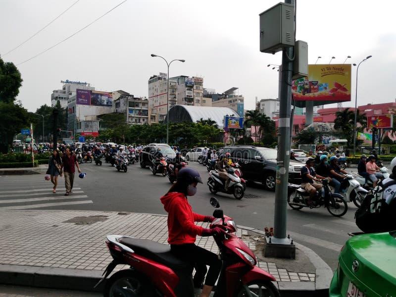 traffico a Ho Chi Minh Vietnam, strada fotografie stock