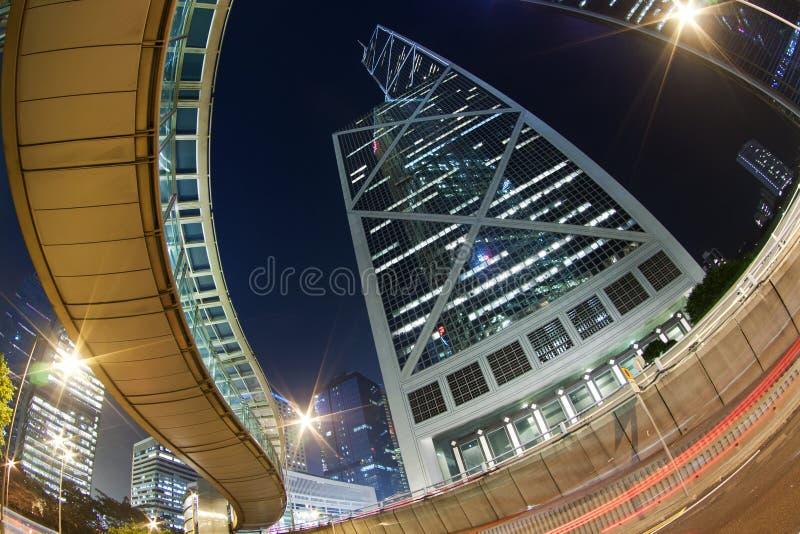 Traffico occupato a Hong Kong alla notte immagini stock