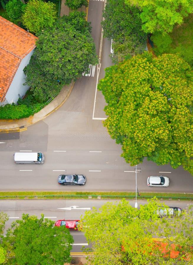 Traffico sulla via verde, Singapore fotografia stock