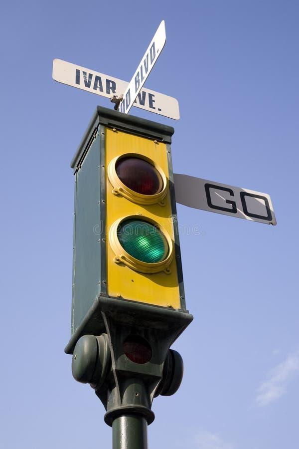 trafik för ljus signalering fotografering för bildbyråer