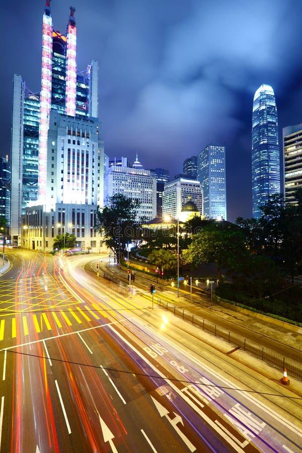 Trafik i stad arkivfoto