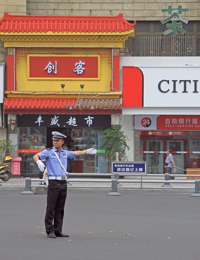 Trafik-kontrollanten arbetar på genomskärningen, Chengdu royaltyfri foto