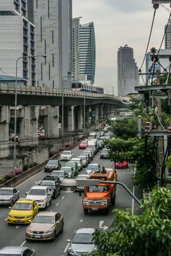 Trafik på Bangkoks gator Resa runt Asien arkivbild