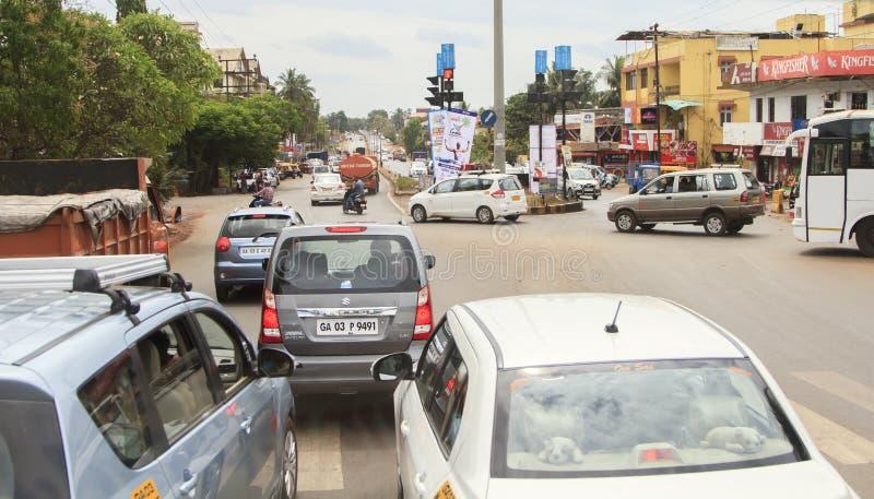Trafik på den indiska vägen arkivfoton