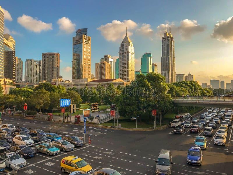 Trafikstockning i Shanghai, Kina arkivbilder