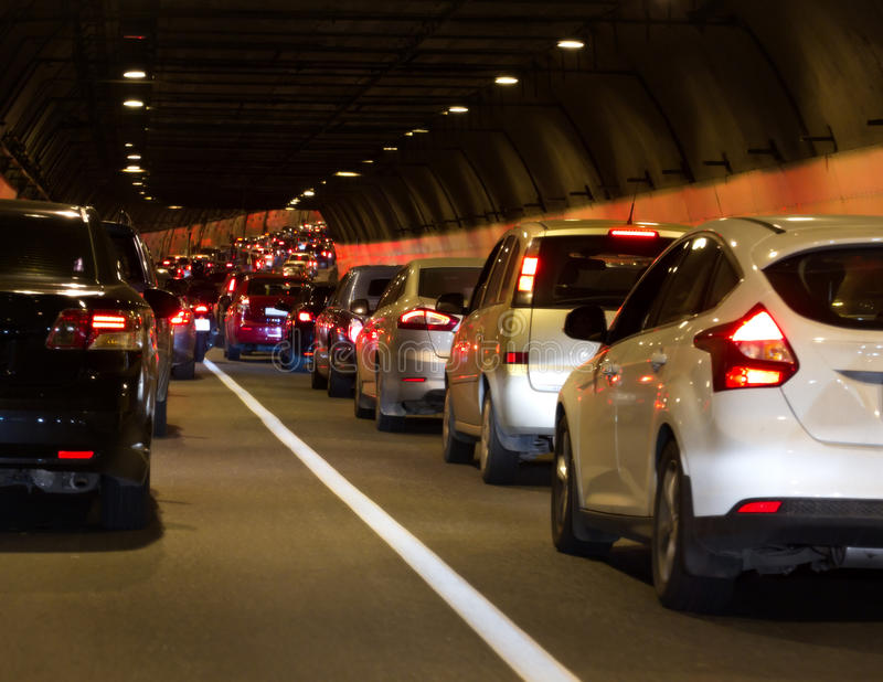 Trafikstockningtunnel arkivbild
