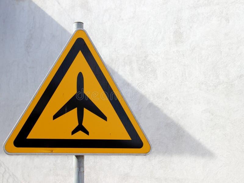 Download Trafiktecken, flygplats fotografering för bildbyråer. Bild av riktningar - 27282539