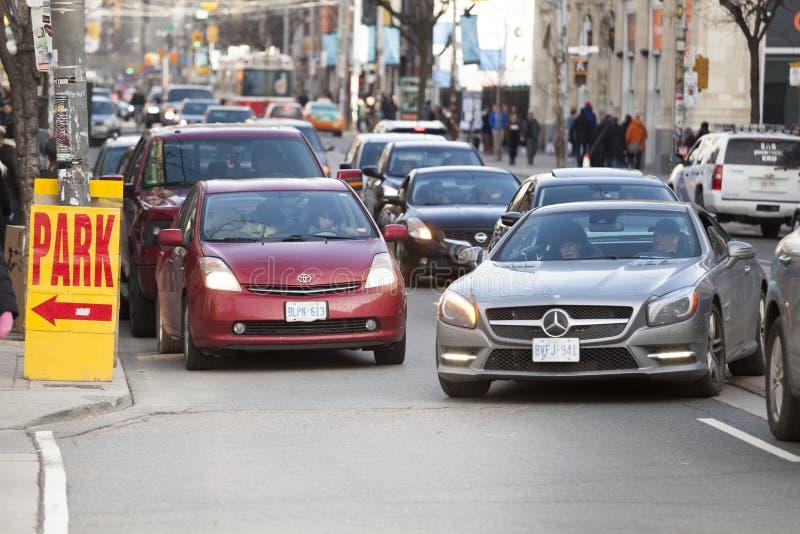 Trafiquez de la ville de Toronto, Canada Signe de parc photos stock