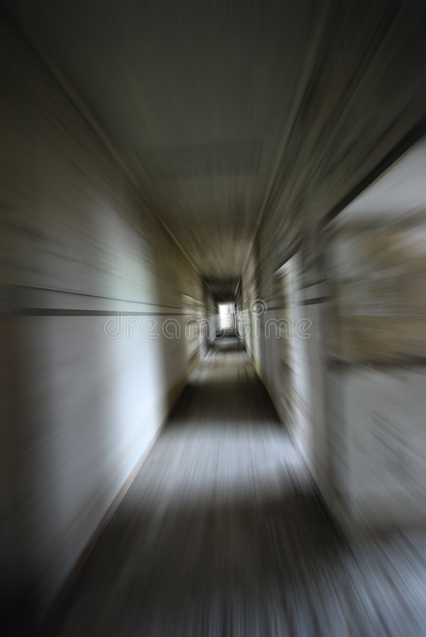 Traforo di movimento dello zoom del pericolo fotografie stock libere da diritti