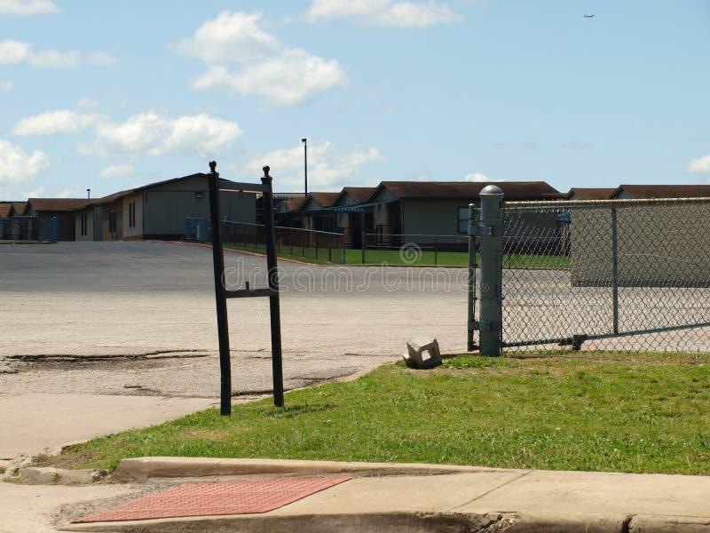 Tragbare Klassenzimmer an der größten High School in DISD lizenzfreies stockfoto