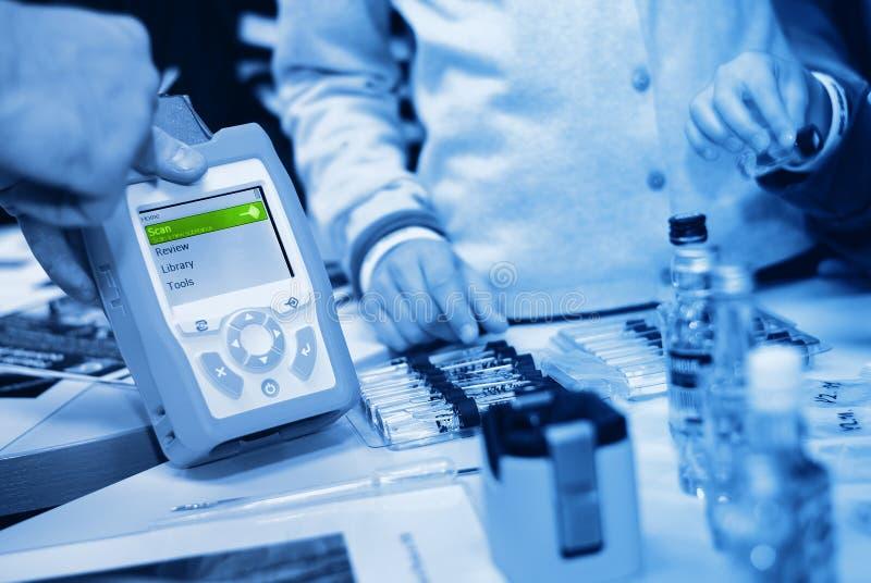Tragbarer Raman Spectrometer lizenzfreies stockfoto