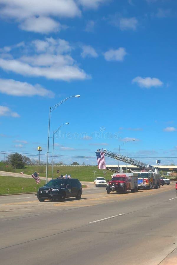 Tragedin slår den lilla Oklahoma staden royaltyfri bild