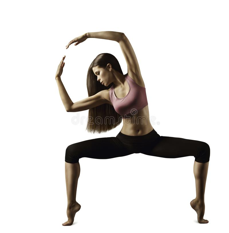 Tragen Sie Fraueneignungsübung, das junge Mädchen zur Schau, das Gymnastik ausdehnt stockfotos