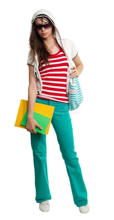 Tragende Farbtöne der stilvollen Jugendlichen stockfoto