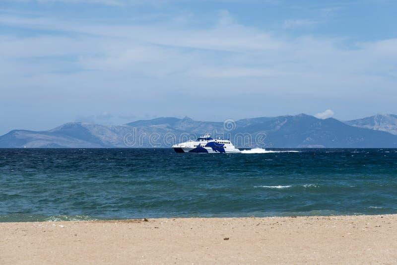 Traghetto da Rafina a Mykonos immagini stock