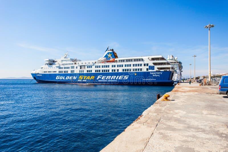 Traghetto dorato della stella, Mykonos immagine stock libera da diritti