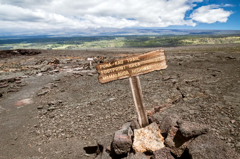 Download Trail And Sign, Volcanoes National Park Hawaii Stock Photo - Image of lava, kau: 32164954