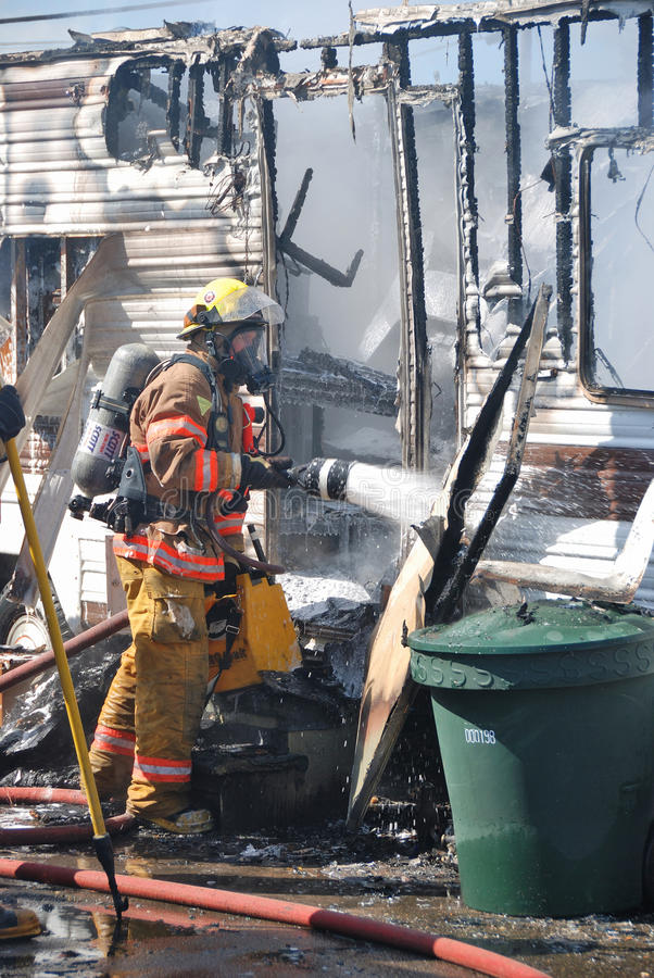 Download Trailer Fire editorial image. Image of wreck, damage - 28982430