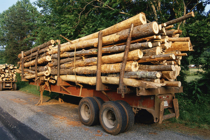 Download Trailer with logs editorial stock image. Image of industrial - 23161879