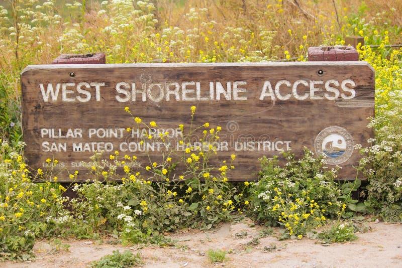 Trailhead ad ovest San Mateo di Shoreline Access immagine stock