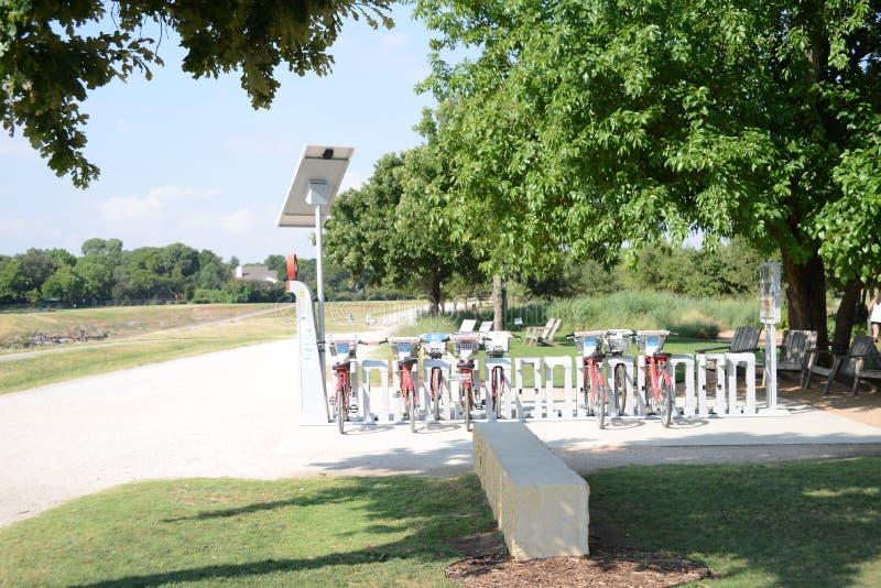 Trailhead parka roweru wynajem, Fort Worth Teksas obrazy stock