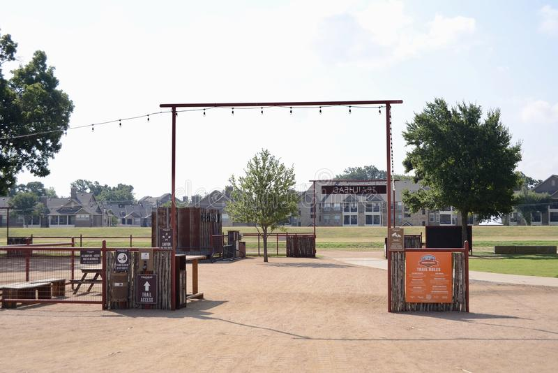 Trailhead Parkowy i Jechać na rowerze łatwości, Fort Worth Teksas fotografia royalty free