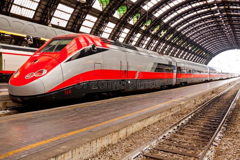 Train à grande vitesse en Italie photo libre de droits
