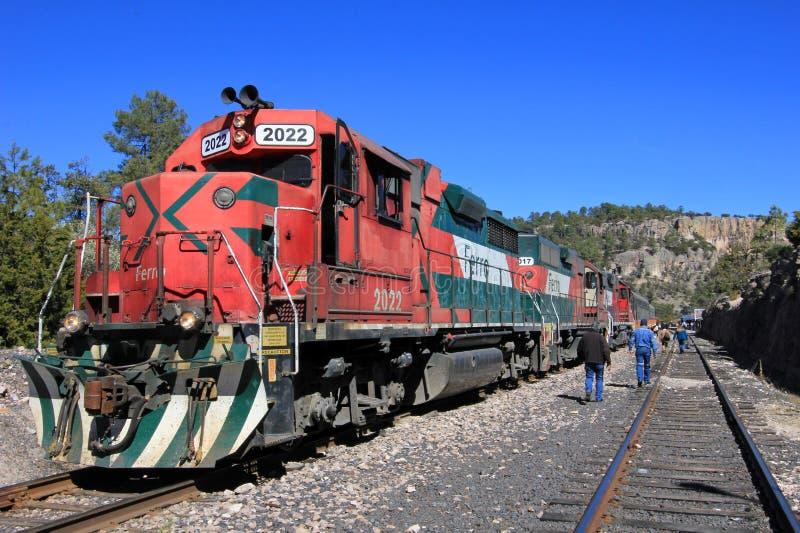 Train d'EL Chepe, canyon de cuivre, Mexique photo stock
