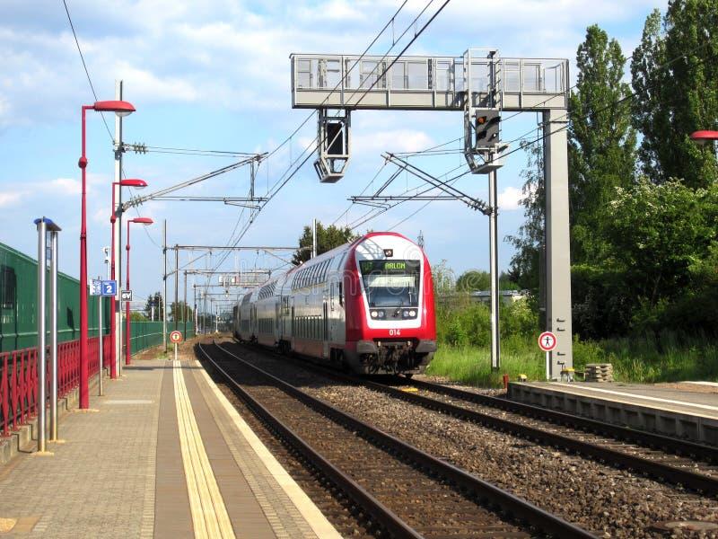Train de CFL au Luxembourg image libre de droits