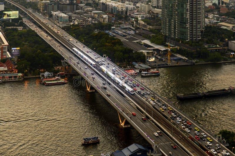 Train de ciel de BTS à Bangkok image libre de droits